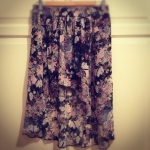 summer sale: Zara floral skirt